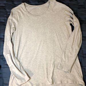 Lululemon Emerald Long Sleeve top, size 8